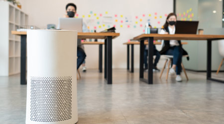 air purifier in the classroom